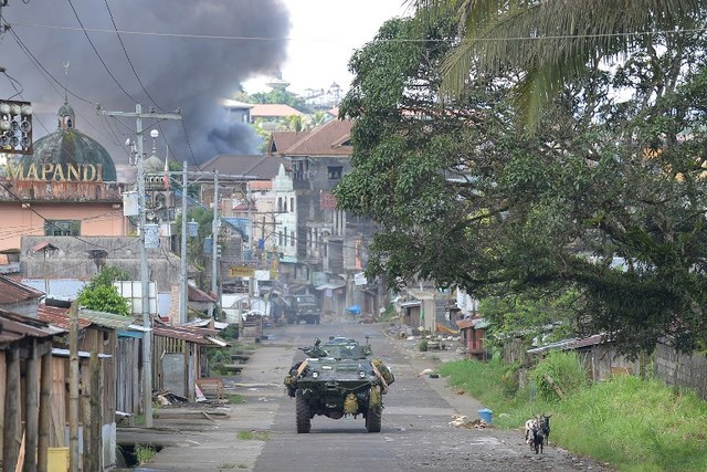 Lawyers to Duterte: Stop martial law abuses in Marawi