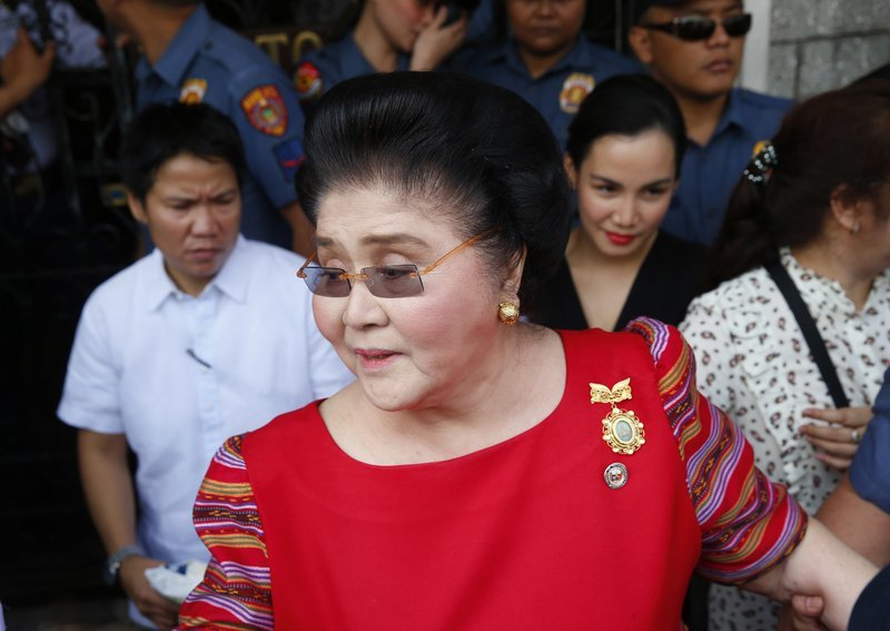 Imelda Marcos convicted of graft, court orders her arrest 1