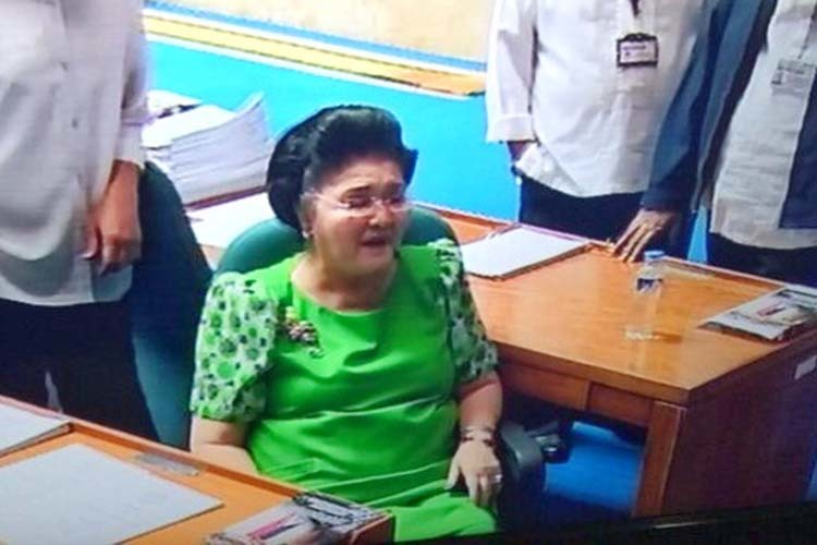 Anti-graft court allows Imelda Marcos to post bail